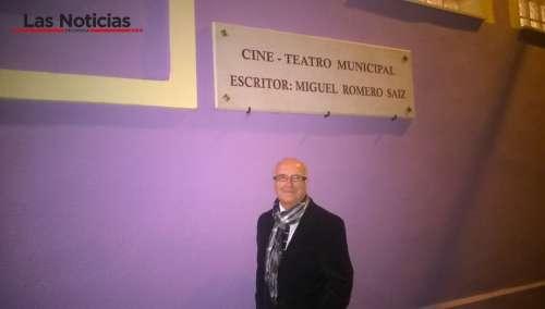 Valverde de Júcar rinde tributo al escritor Miguel Romero en sus fiestas de Moros y Cristianos