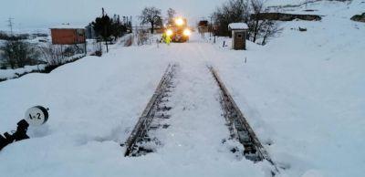 Los trenes con origen y destino en Madrid continúan parados hasta este mediodía