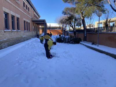 Geacam y Tragsa trabajan en la limpieza y revisión de 22 centros educativos de Cuenca