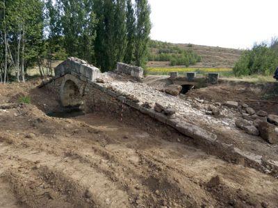 """Valeria """"descubre"""" las dimensiones originales del Puente Chumillas"""