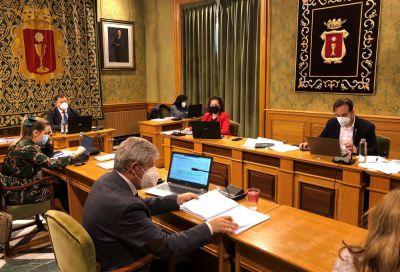 Obras acaparó en 2020 una de cada tres reclamaciones al Ayuntamiento