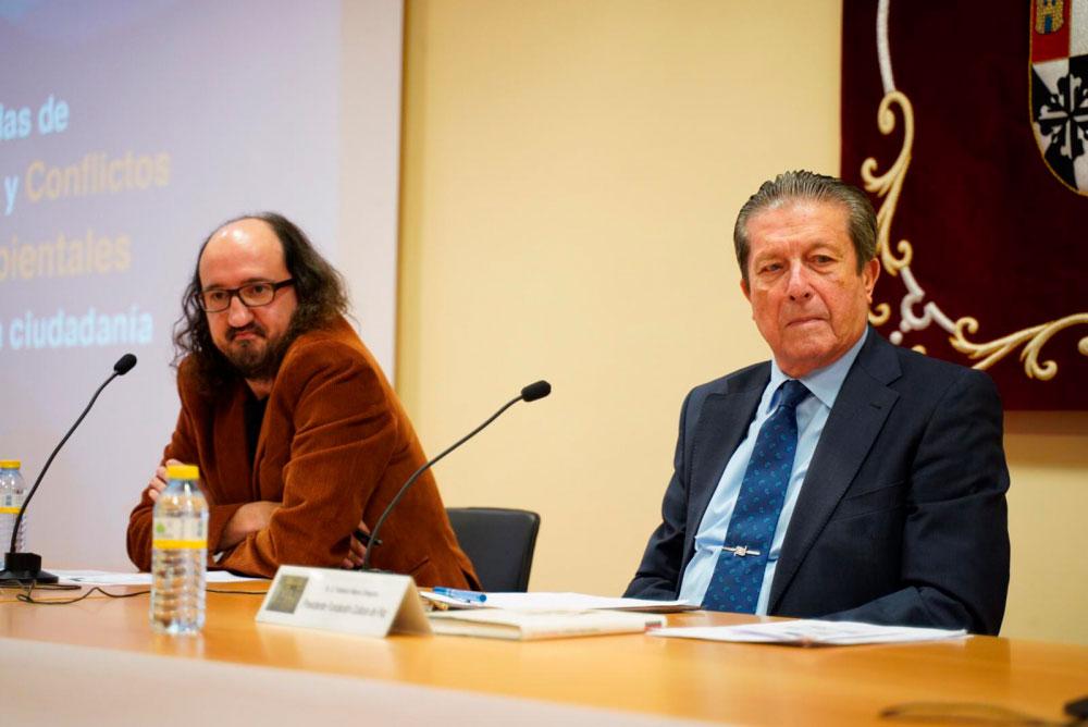 """Mayor Zaragoza: """"Frente a problemas globales, reacciones globales"""""""
