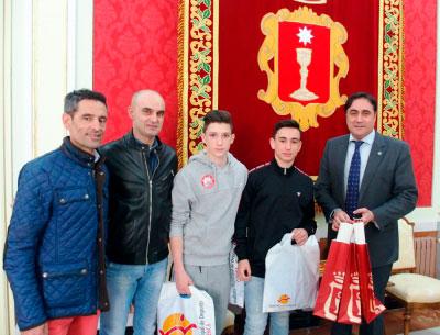 Recibimiento a los componentes del Lao Jia Wu Shu tras su éxito en el Campeonato de España