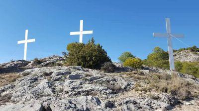 Se colocarán las tres cruces en el Cerro de la Majestad en Semana Santa
