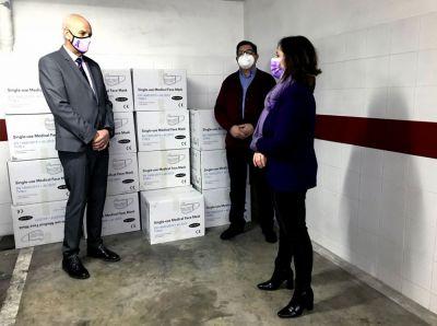 La Subdelegación del Gobierno inicia el reparto de 46.000 mascarillas