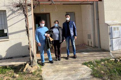 La Junta entrega una vivienda de protección oficial en Cervera del Llano
