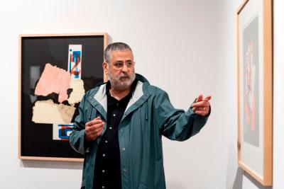 """El diseñador Emilio Gil inaugura """"Collages de rompe y rasga"""" en la Sala ACUA"""