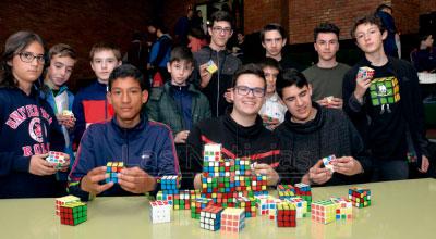 Crece la pasión por el Cubo de Rubik