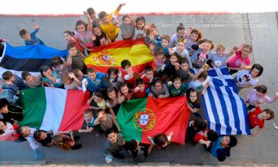 Teatro para despedir el proyecto de Erasmus + del colegio Santa Ana