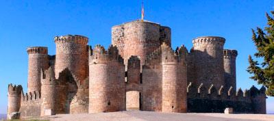 El Castillo de Belmonte viaja al siglo XIX para recibir a Eugenia de Montijo