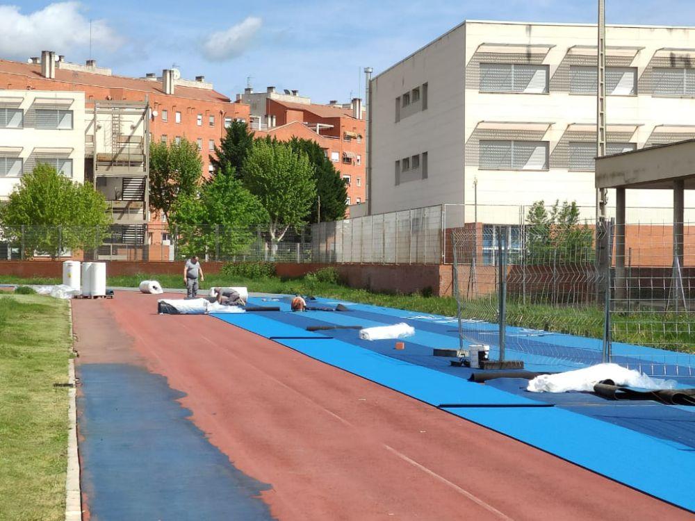 Se reanudan los trabajos de la pista de atletismo Luis Ocaña