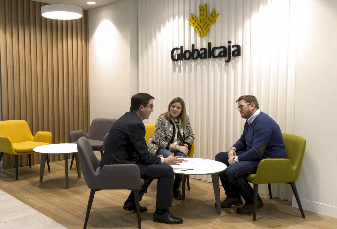 Globalcaja posibilita a sus clientes bonificar sus comisiones con el Plan Tú Eliges