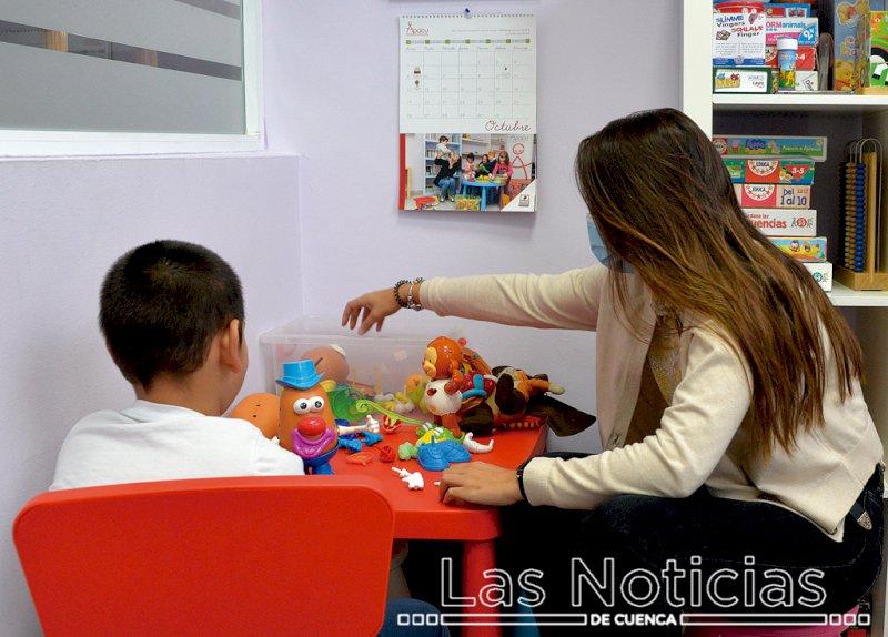 Los centros de educación infantil colaboran en una campaña sobre el autismo