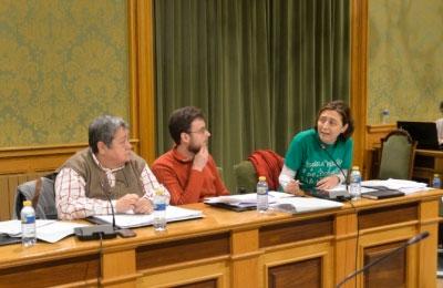 IU cuestiona que la Escuela de Verano sea este año un servicio público