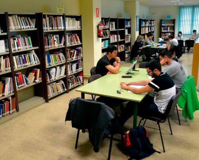 Harían falta bibliotecas en el Casco Antiguo y Las Quinientas-Siglo XXI
