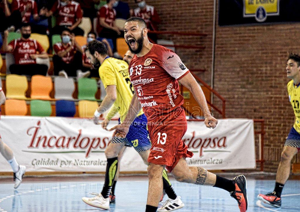 El Incarlopsa Cuenca oficializa la renovación de Thiago Alves