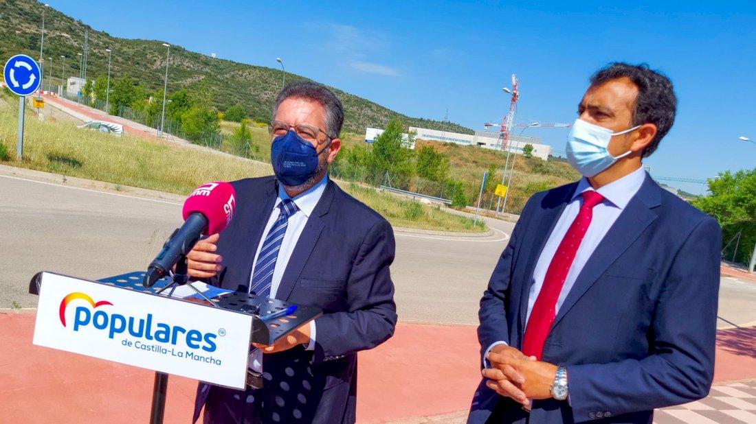 """El PP sobre el nuevo hospital de Cuenca: """"Observamos que las grúas siguen paradas"""""""