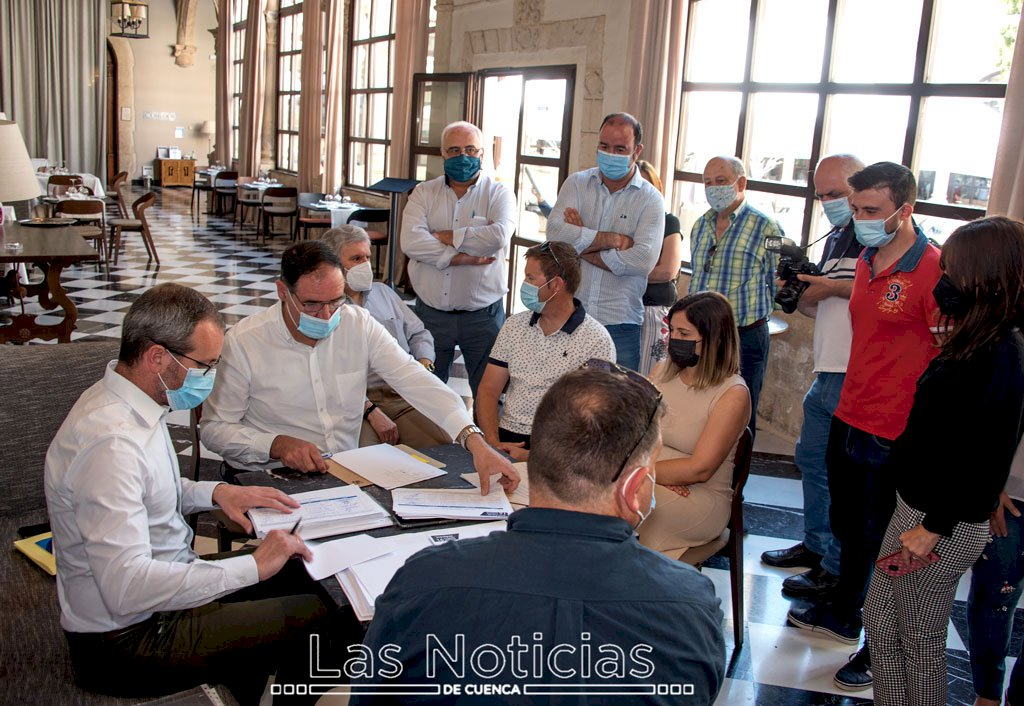 Prieto presenta candidatura a la reelección como presidente del PP con 907 avales