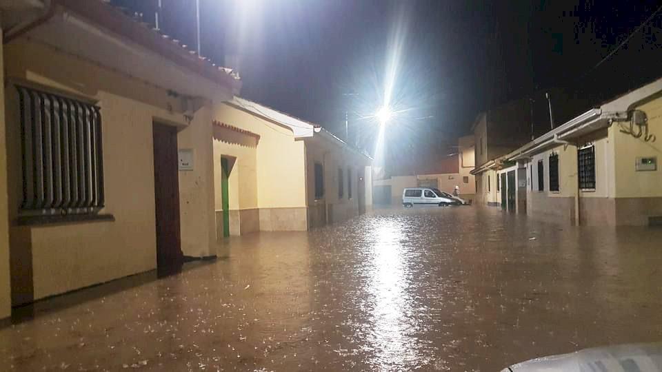 Una fuerte tormenta en Tarancón inunda viviendas y empresas