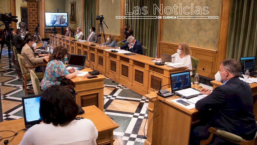 La oposición reprocha a Dolz que todo sigue igual en Cuenca dos años después