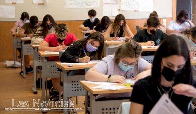 Las matrículas EvAU caen un 14,8 por ciento respecto a 2020