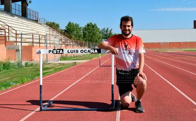 Homenaje a la memoria de la  pista de Atletismo 'Luis Ocaña'