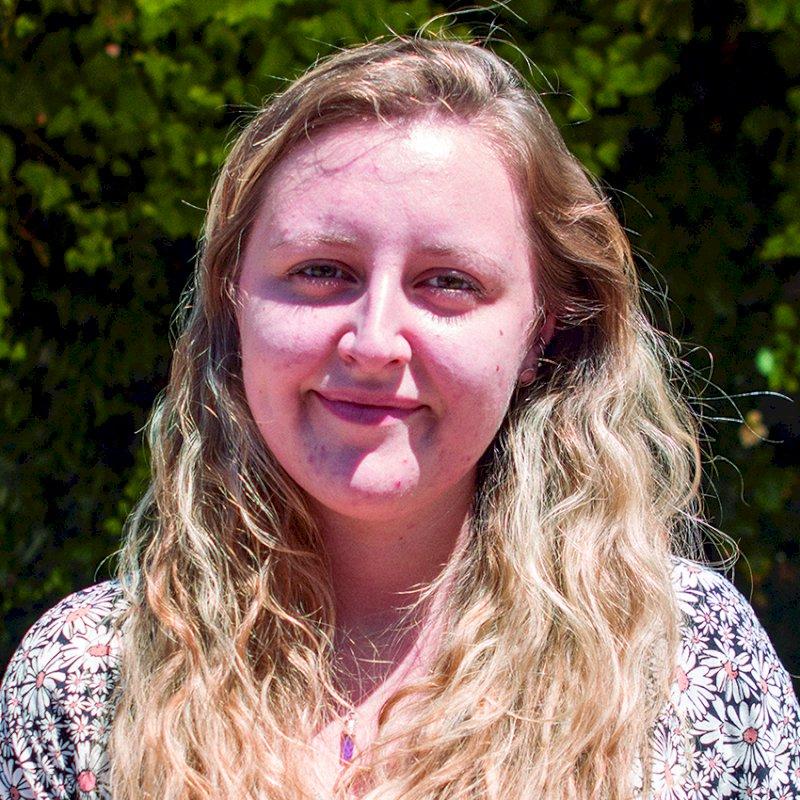 Katie Baker. Estudiante de Psciología y Español