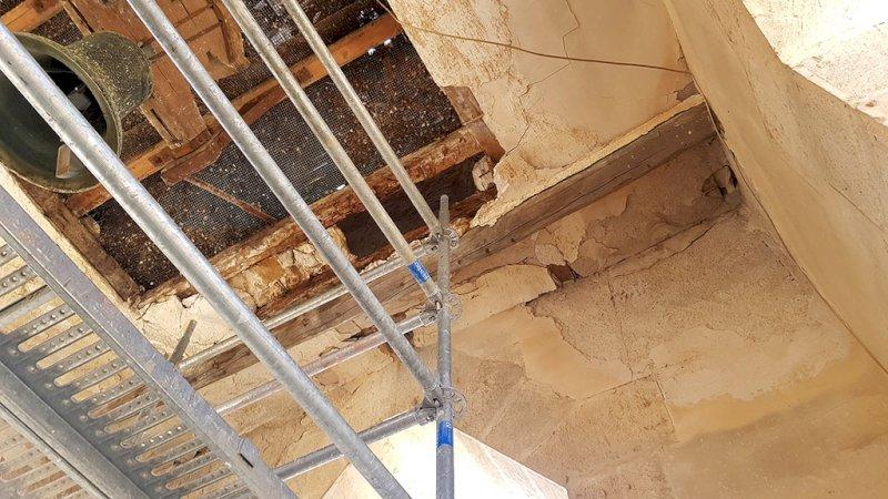Aspecto que presenta el techo del cuerpo de las campanas. Foto: Antonio Trujillo