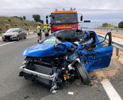 Rescatada una persona en un accidente de tráfico en Cervera del Llano