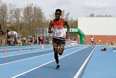 Mesfin Escamilla vuelve a arrasar en los 3.000 metros lisos