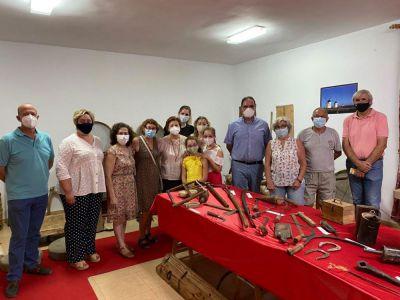 Fuentelespino de Haro inaugura una exposición de útiles antiguos