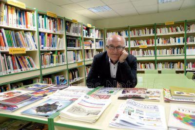 Sello conquense con Miguel Romero en un congreso internacional sobre letras hispanas