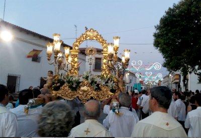 Santa María de los Llanos llama a la prudencia en los festejos