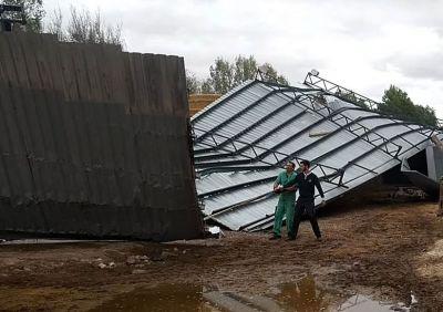 Una herida y varios destrozos en Santa María del Campo Rus a causa de una tormenta