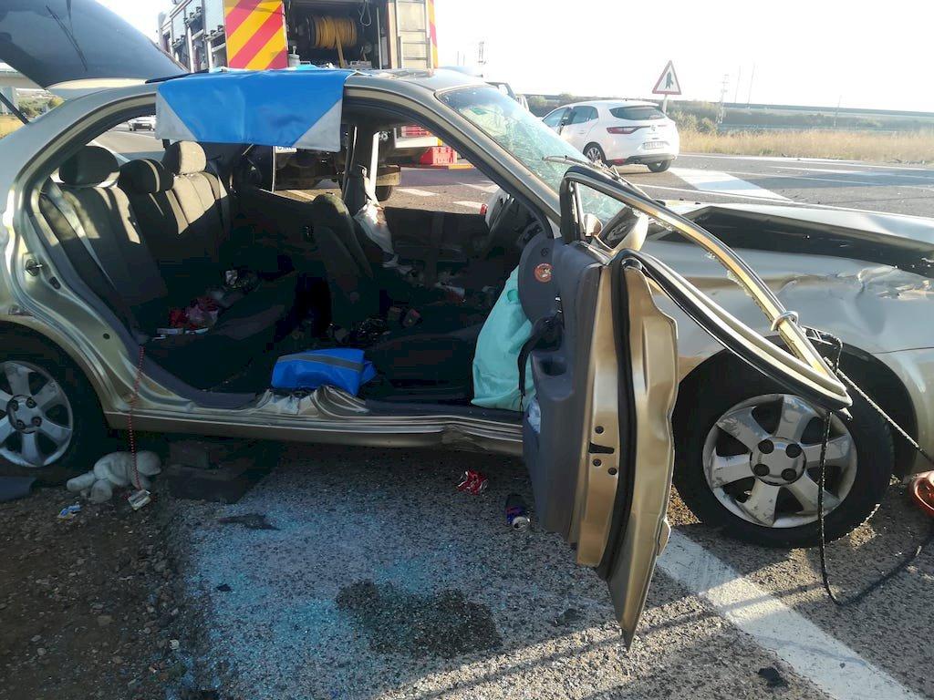 Tres heridos en un accidente de tráfico en Motilla del Palancar