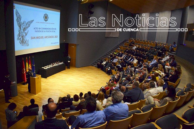 Vista general del acto institucional en el auditorio. Foto: Miguel A. Ramón