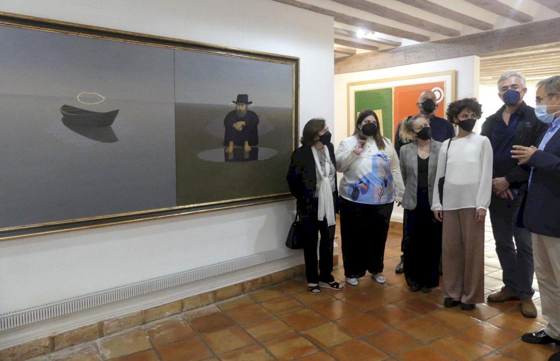 La familia de Alfredo Castañeda dona el cuadro 'Esperando para partir' a la FAP