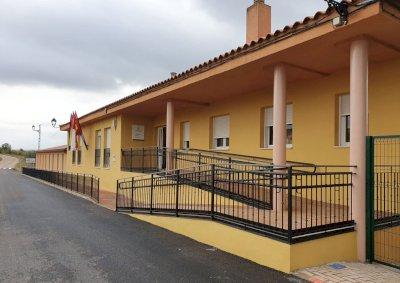 La ministra de Educación asiste este lunes a la inauguración de la escuela de Jábaga