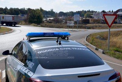 La campaña de distracciones al volante se salda en Cuenca con 102 denuncias