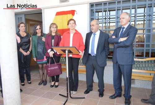 """Bienestar Social anuncia en Chillarón un """"mapa de recursos residenciales"""" de la región"""