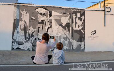 Abia de la Obispalía se llena de arte contra la despoblación