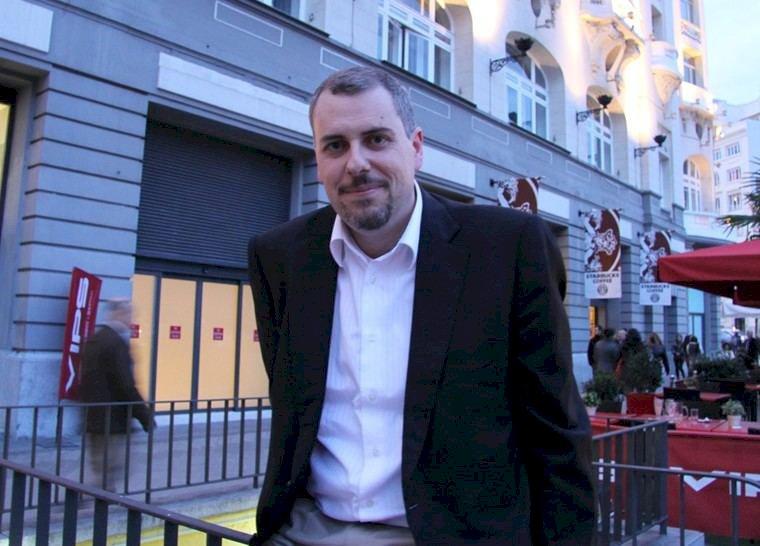 Antonio Manzanera llega a Cuenca para iniciar la Operación Anacleto de Las Casas Ahorcadas