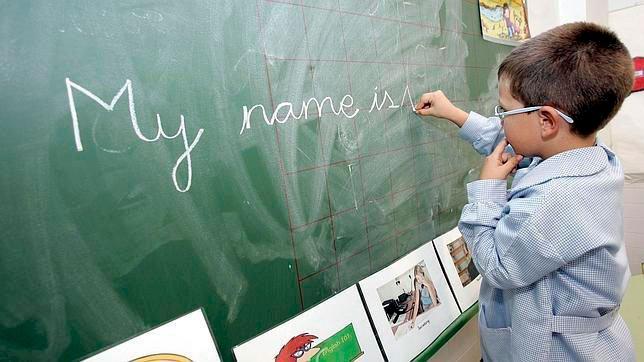 Noventa de los 613 proyectos bilingües de la región van a abandonar este modelo