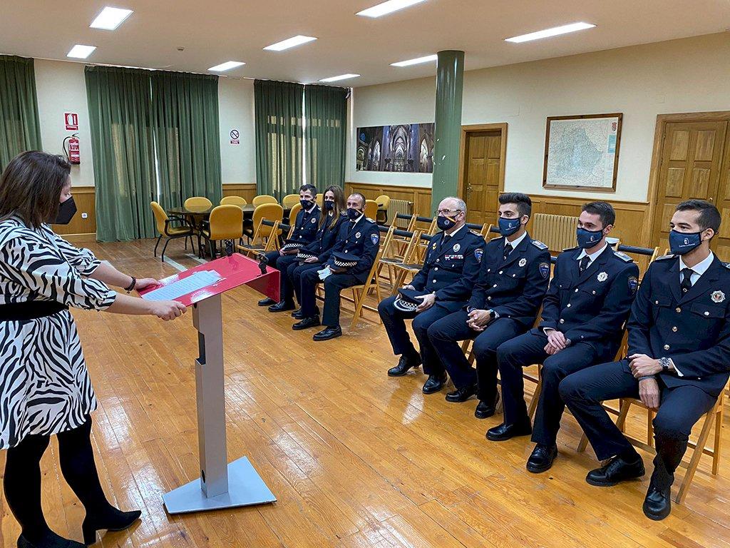 Seis nuevos efectivos de Policía Local toman posesión