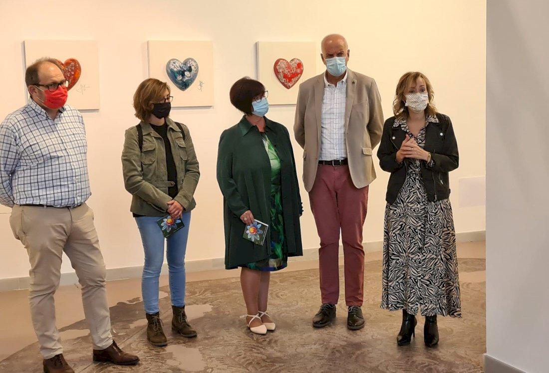 La Sala de Exposiciones del Iberia acoge 'Escultura cerámica' de Sofía Porcar