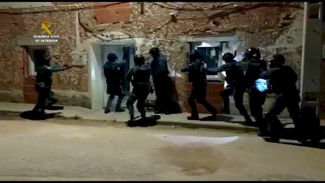 La Guardia Civil interviene cerca de una tonelada de marihuana en la provincia