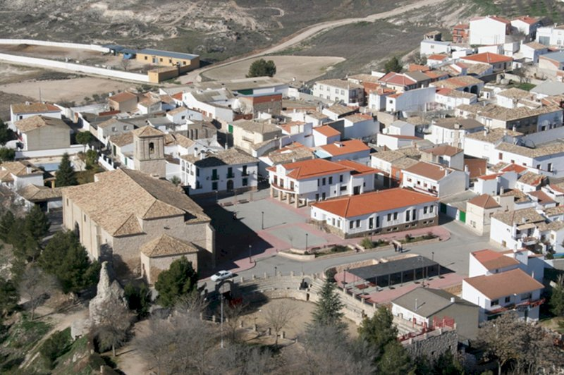 Un brote en Montalbo dispara un 73% la incidencia de la Covid en la provincia