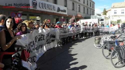"""Marcha en bicicleta para reivindicar carriles bici e inversiones en la """"maltratada"""" línea de tren Madrid-Cuenca-Valencia"""