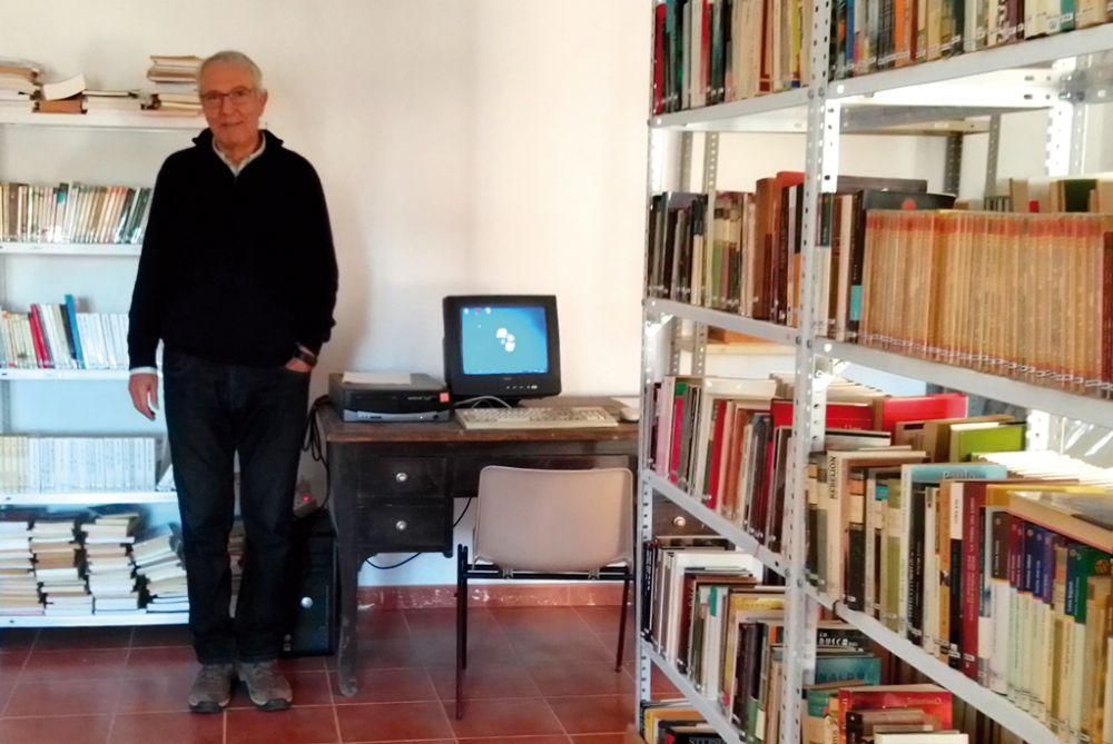 Campaña para enriquecer una biblioteca muy particular en Collados
