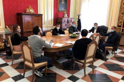 La ACDC implica en sus proyectos a Ayuntamiento y oposición